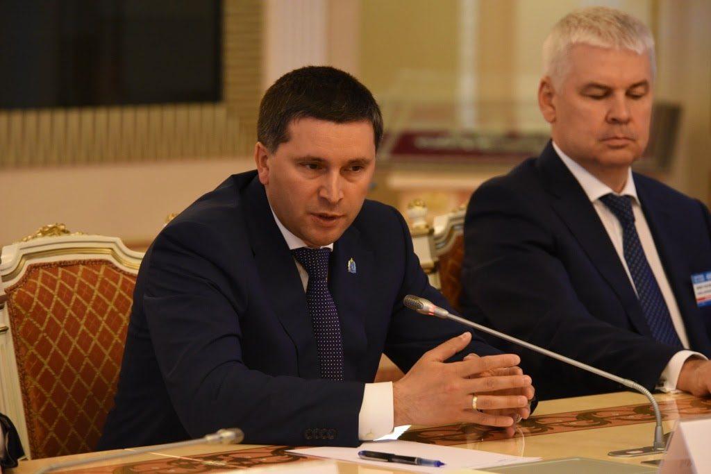 Объем вложений в инвестиционные проекты на территории Ямало-Ненецкого автономного округа (ЯНАО) до 2025 года превышают 100 млрд долларов. Об этом сообщил в среду губернатор Ямала Дмитрий Кобылкин.